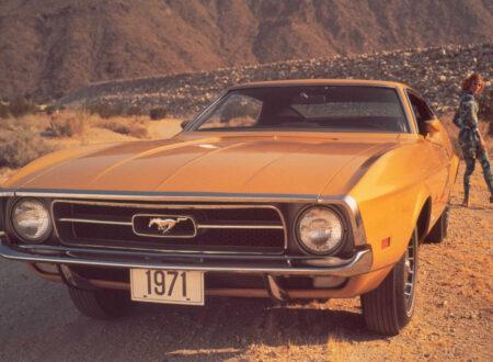 1971 Ford Mustang Girl 450x330 - Mustang Girl