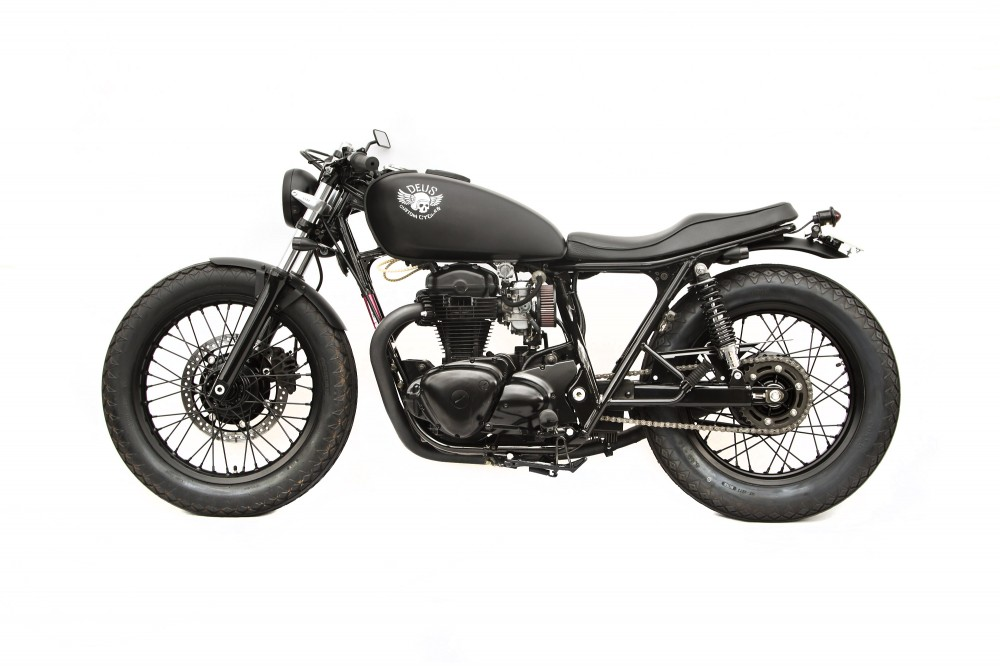Kawasaki W650 custom 4 Le Gicleur Noire by Deus Ex Machina