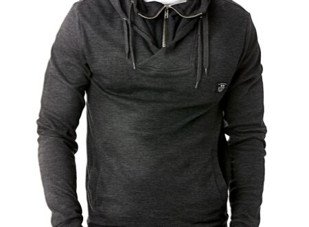 Pull Over Hoody by Under 2 Flags