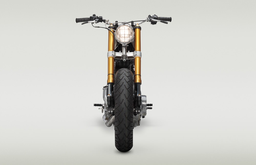 Classified Moto XV920R 9