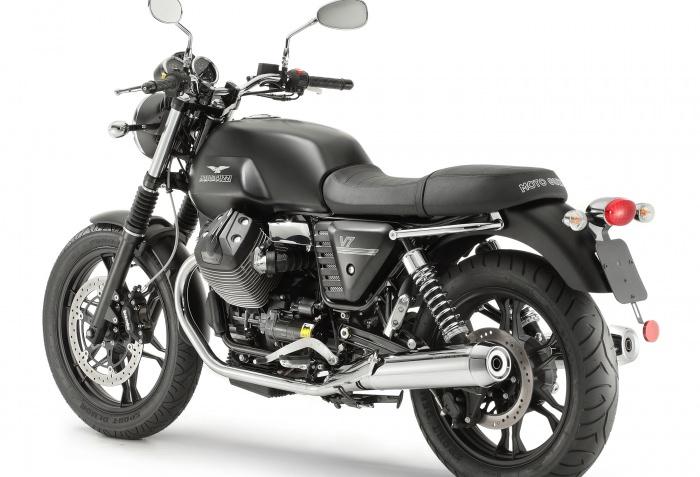 Moto Guzz V7 Stone Motorcycle