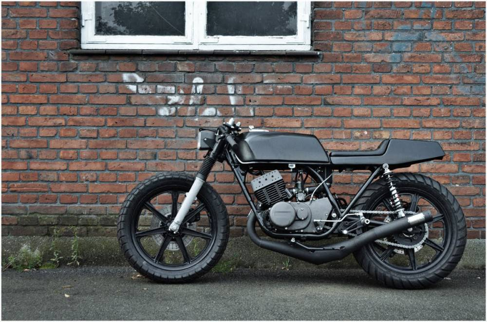 Yamaha RD 400 Yamaha RD 400 by The Wrenchmonkees
