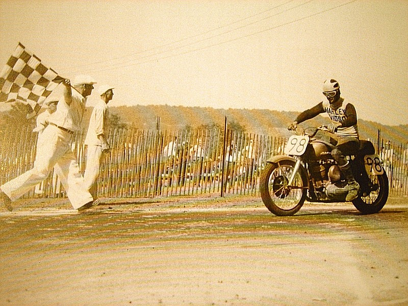 harley davidson flat track racing Checkered Flag #98
