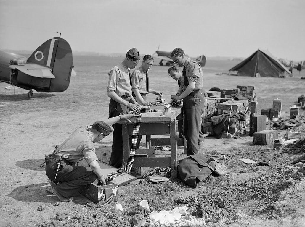 world war 2 ground crew 303 Ground Crew