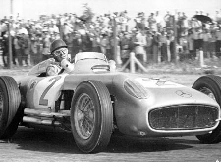 Juan Manuel Fangio 450x330 - Juan Manuel Fangio