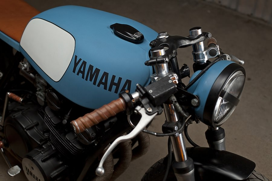 Yamaha Cafe Racers on honda cb550 battery