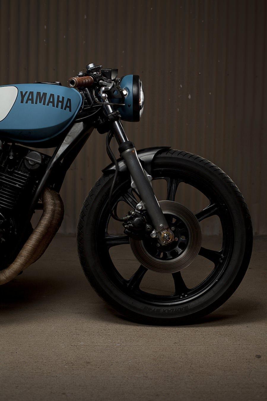 Yamaha XS750 Cafe Racer 8