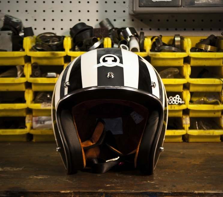 retro union jack helmet