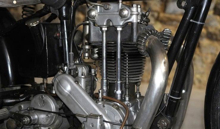 Monet-Goyon Motorbike