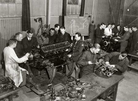 rolls royce merlin 450x330 - Merlin Engine Mechanics