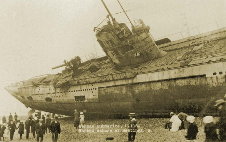 A WW1 submarine with a hull number of U 118 was found washed ashore on the beach at Hastings Sussex England. After the surrender of Germany its towing cable snapped as it was being towed to France for dismantling. 740x467 The Beaching of Submarine SM U 118