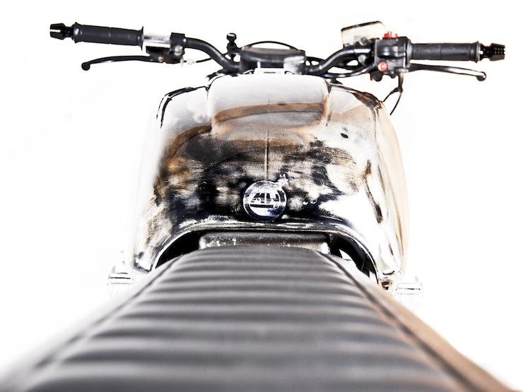 Honda CB750 Custom motorbike 4