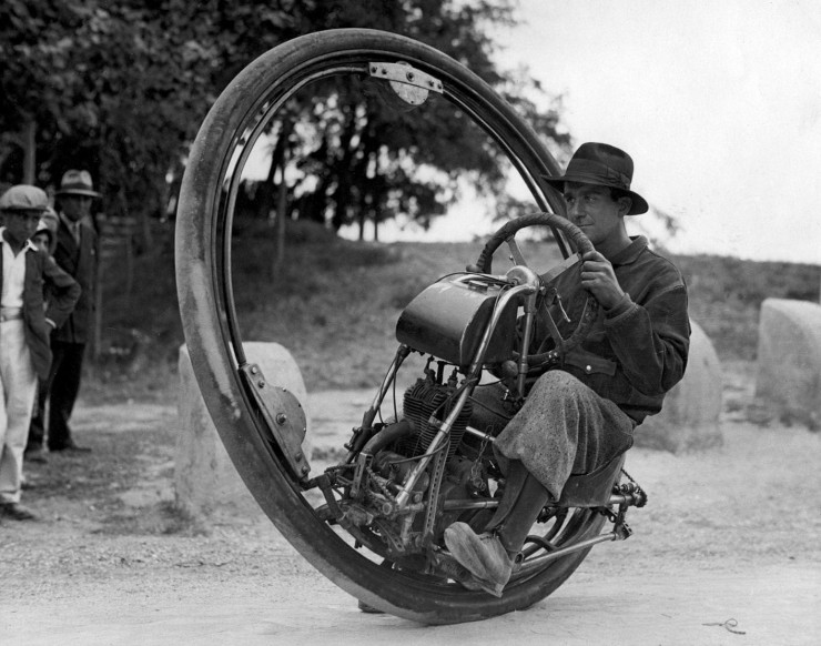 Monowheel built by M. Goventosa