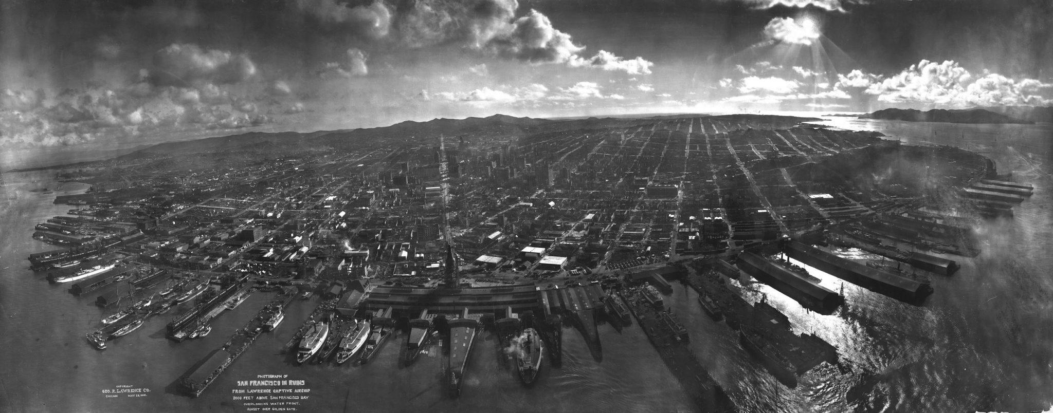 San_Francisco_in_ruins_from_Lawrence_Captive_Airship_1906