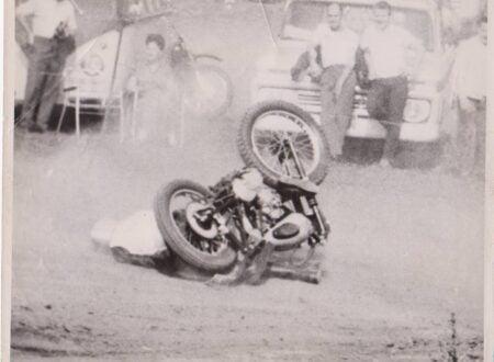 Vintage Motorcyle Racing Photos 450x330 - Vintage Motorcycle Crash