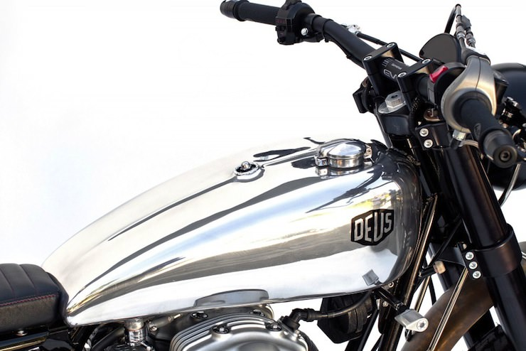 kawasaki w650 custom motorbike 2