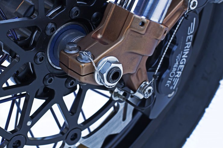kawasaki w650 custom motorbike 6 W650 Custom Sevenish by Deus California