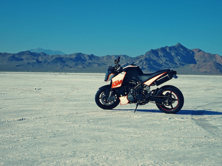 KTM Superduke 990 KTM Superduke 990 by Analog Motorcycles