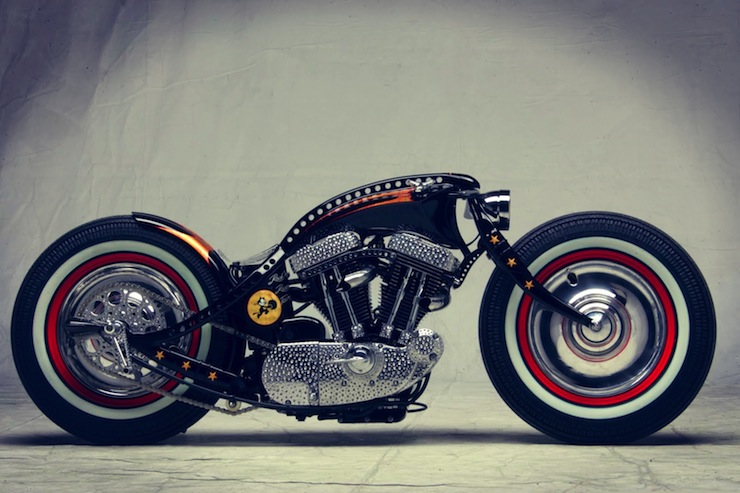 harley davidson custom motorbike right side