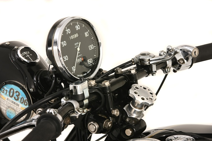 1952 Vincent 998cc Montlhery Black Shadow 7