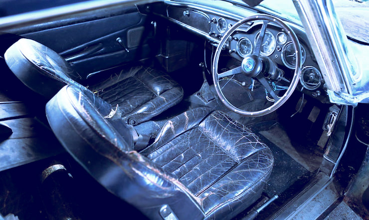 1963 Aston Martin DB4 'Series V' Vantage Sports Saloon 11