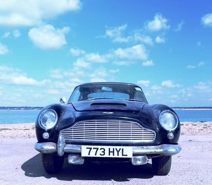 1963 Aston Martin DB4 'Series V' Vantage Sports Saloon 12