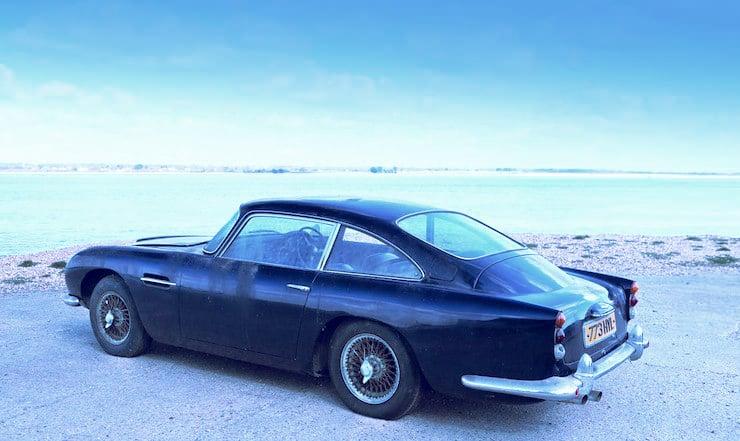 1963 Aston Martin DB4 'Series V' Vantage Sports Saloon 14