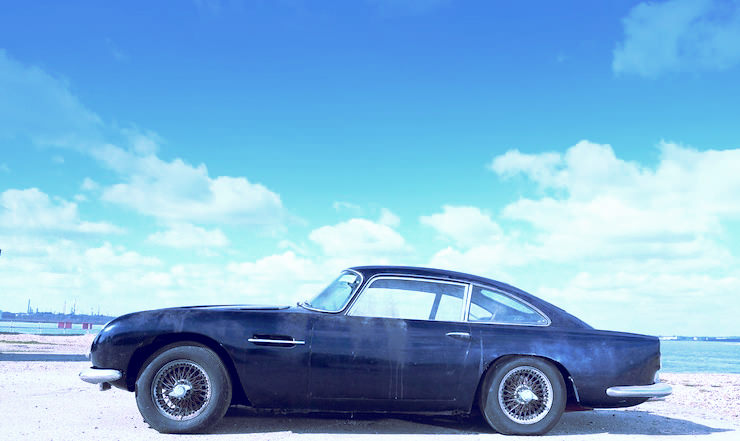 1963 Aston Martin DB4 'Series V' Vantage Sports Saloon 15