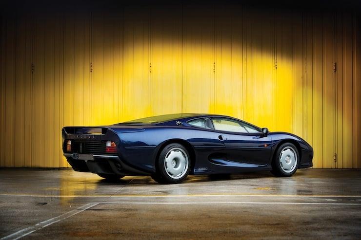 Jaguar XJ220 1