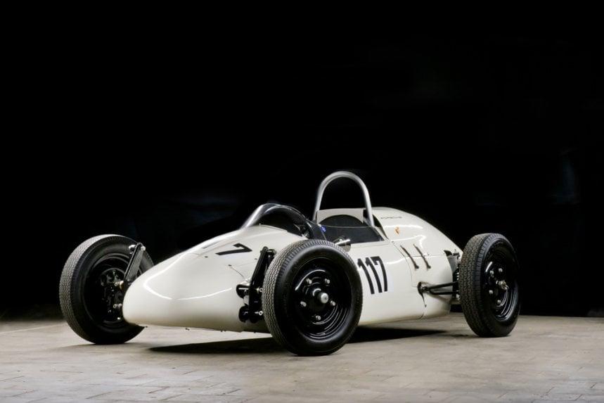 1964:5 Volkswagen Bulli & Porsche Formula V 5