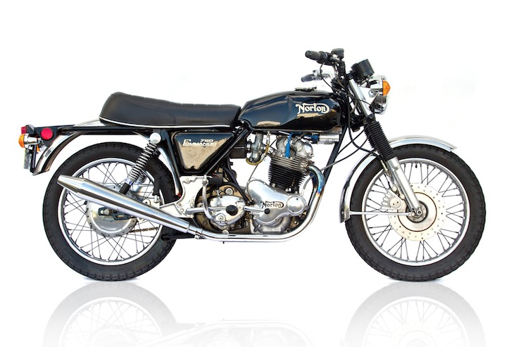 Norton Commando 750 4