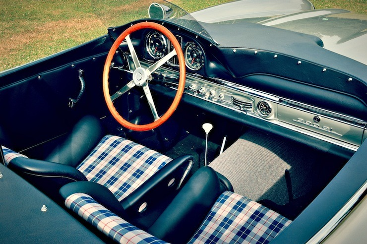 Mercedes-Benz 300 SLS Racing interior