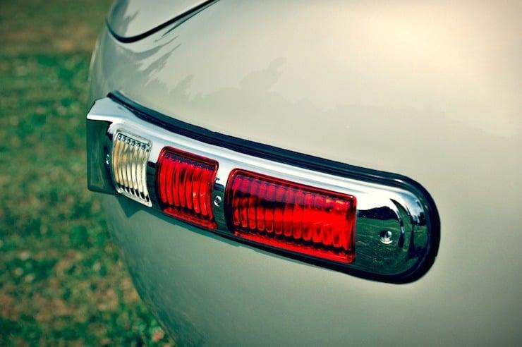 Mercedes-Benz 300 SLS Racing tail light