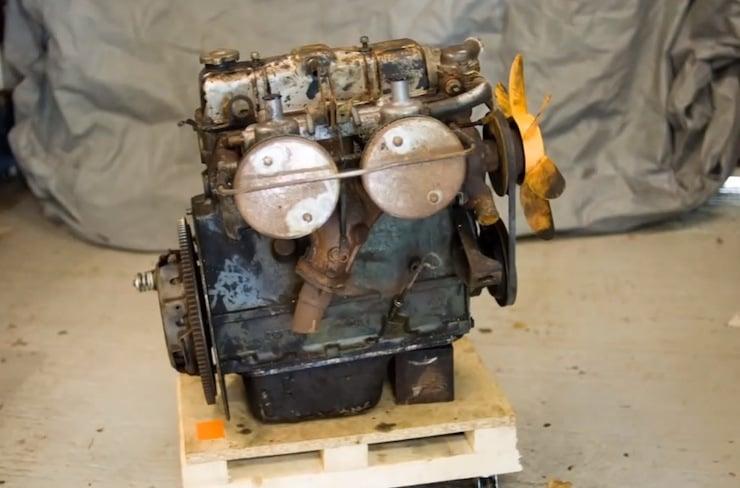 Rebuilding A Triumph Spitfire Engine 1