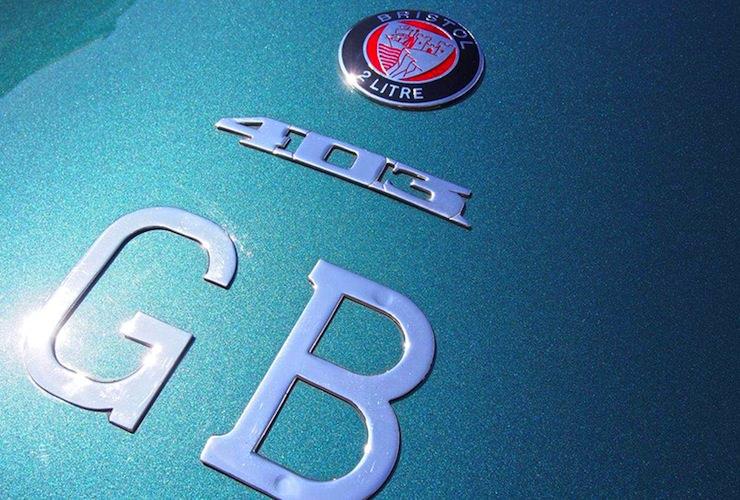 1953 Bristol 403 badge