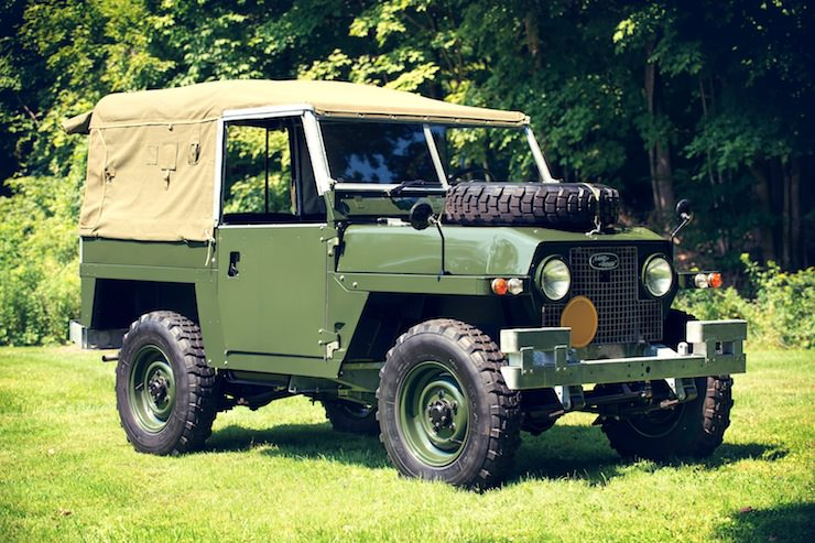 1969 Land Rover Series IIA Air-Portable side