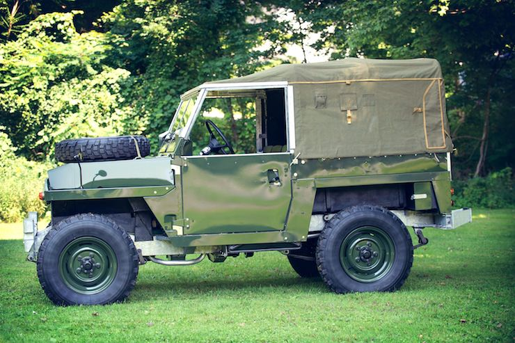 1969 Land Rover Series IIA Air-Portable1969 Land Rover Series IIA Air-Portable