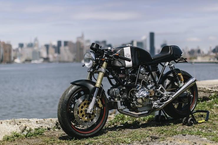 Custom Ducati Carbon Ducati Leggero by Walt Siegl