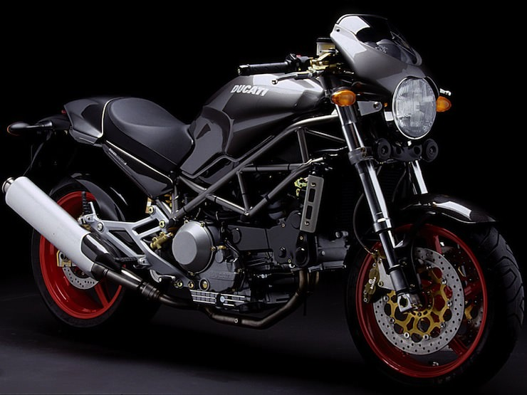 Ducati Monster 2 Buying Guide   Ducati Monster