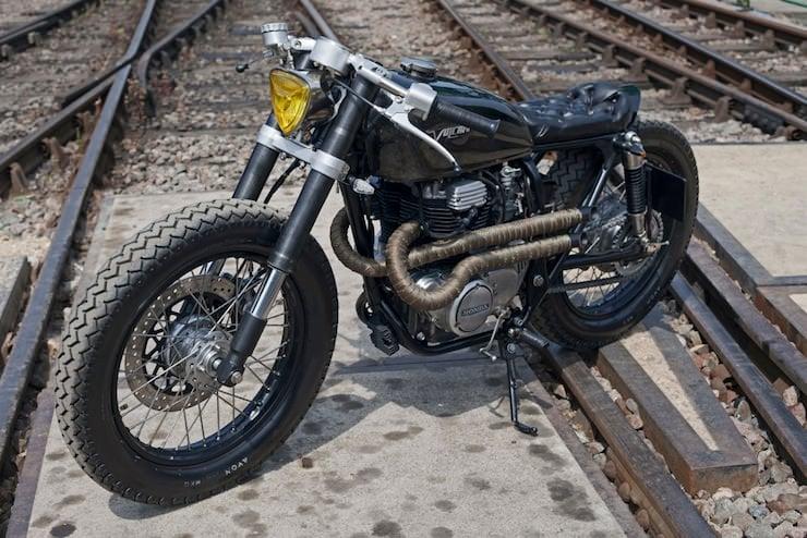 Honda CB250 Custom Motorbike 1
