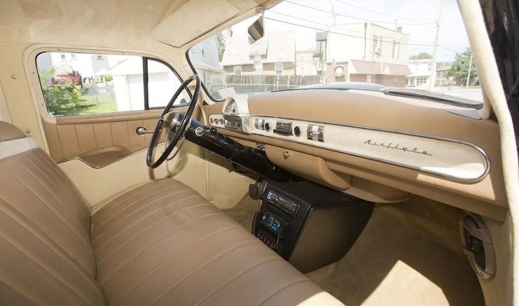 Nash Statesman Super interior