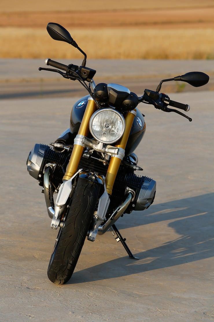 BMW nineT Motorcycle 7