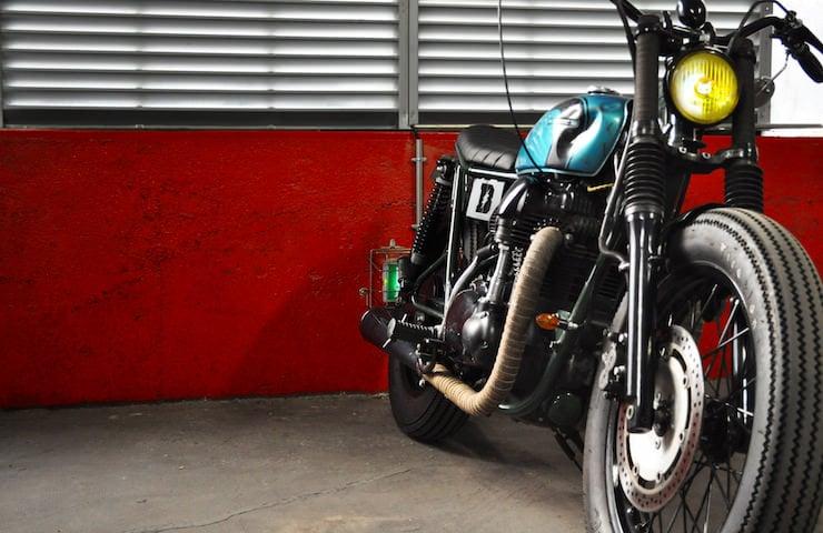 Kawasaki W650 Motorcycle Custom 4