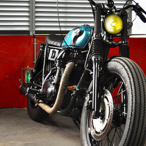 Kawasaki W650 Motorcycle Custom 41 - Custom W650 by Blitz Motorcycles