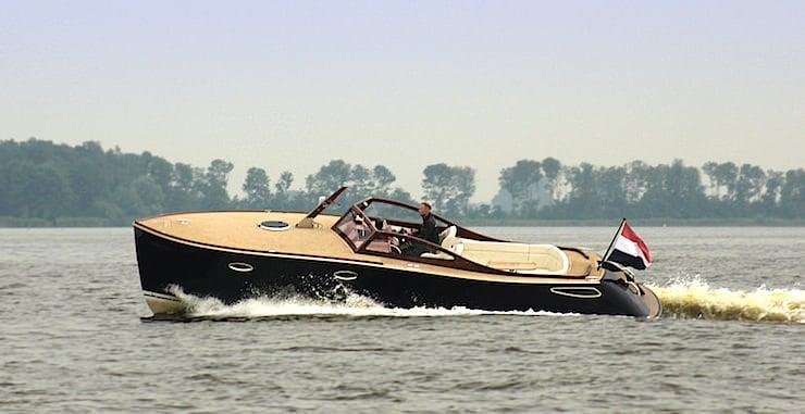 Rapsody Yachts R32 3