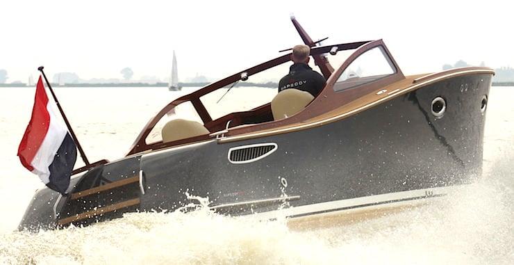 Rapsody Yachts R32