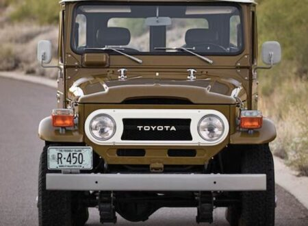1977 Toyota FJ40 Land Cruiser Front1 450x330