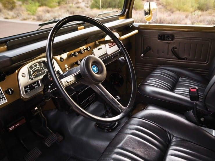 1977 Toyota FJ40 Land Cruiser Steering Wheel