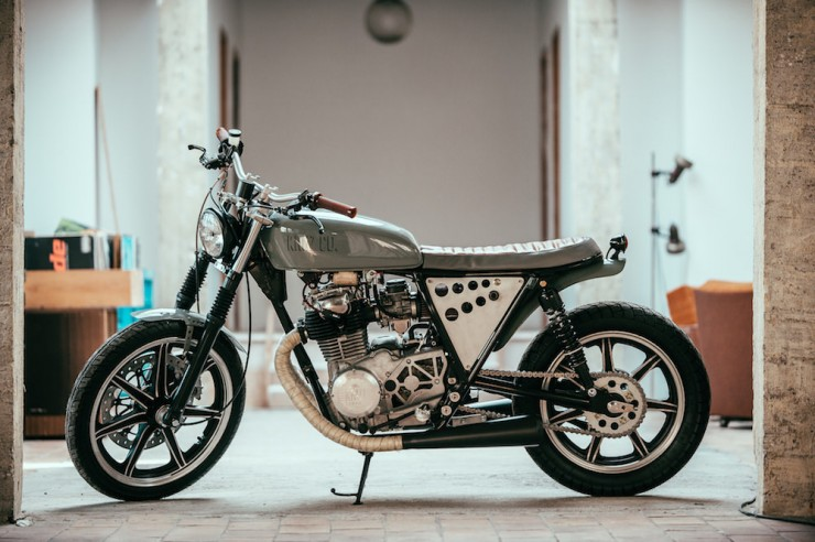 Yamaha XS 400 Custom 1