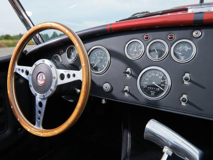 12.9 Litre Weineck Cobra V8 3